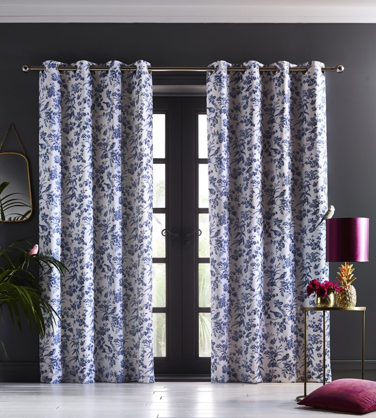 Oasis Home Amelia Eyelet Curtain