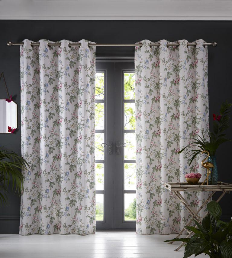 Oasis Home Bailey Eyelet Curtain