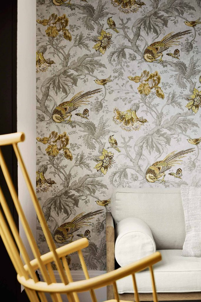 Crowe Hall lane - Gilt - 2_Little Greene Paint
