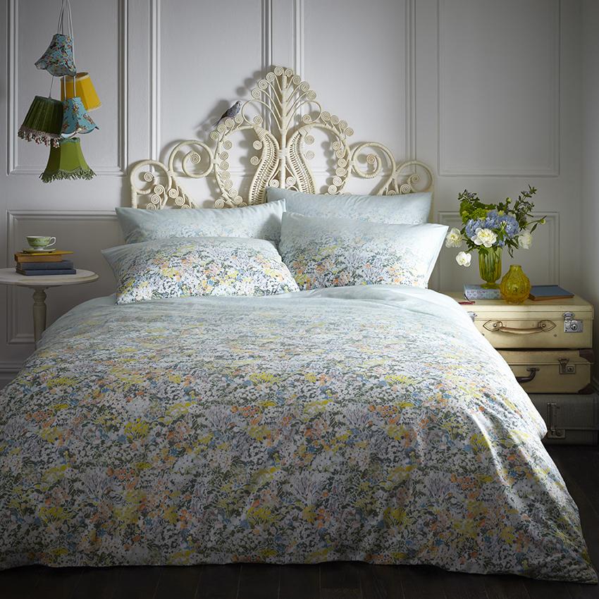 Oasis Home Floral Ombre Duvet Set