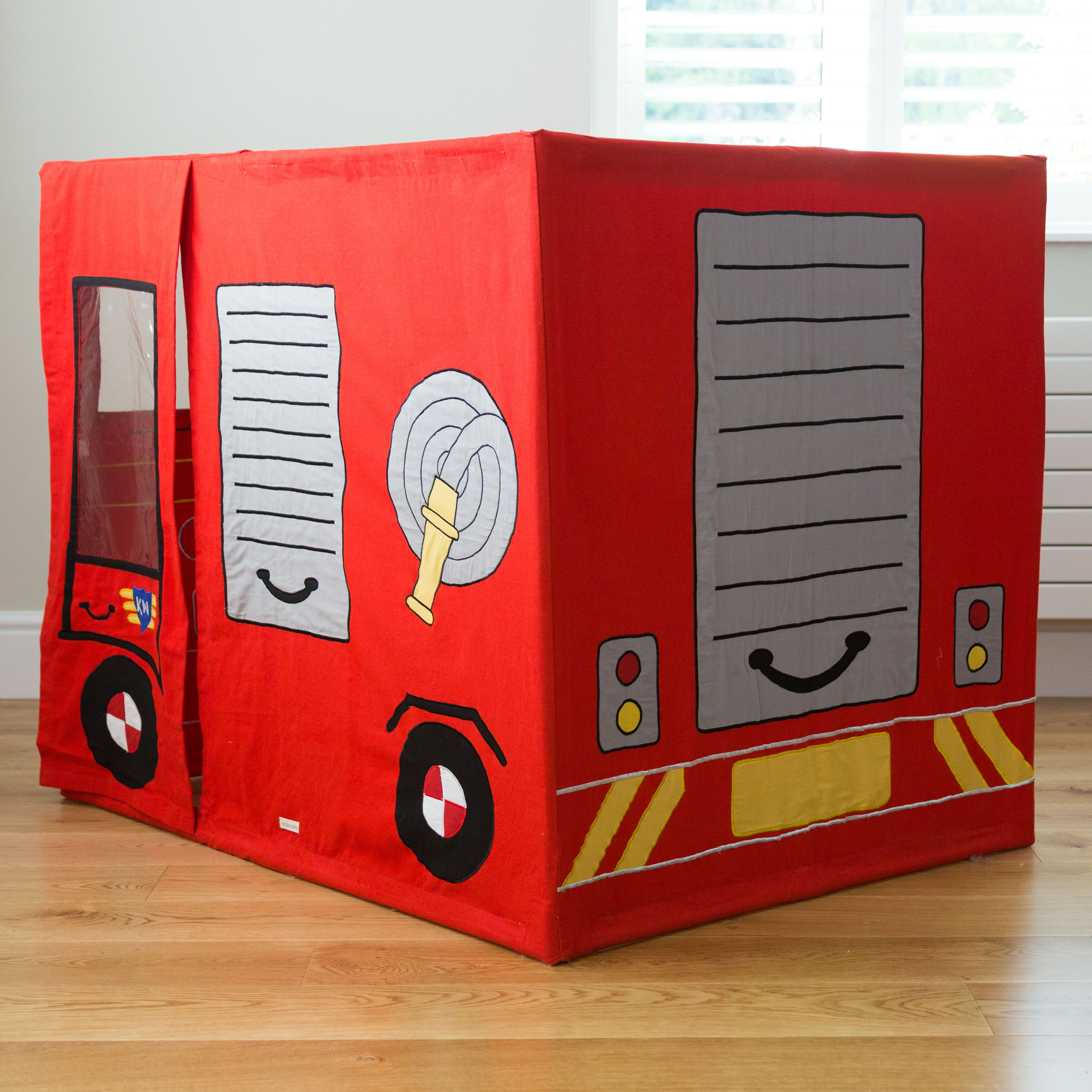 play tent fire engine
