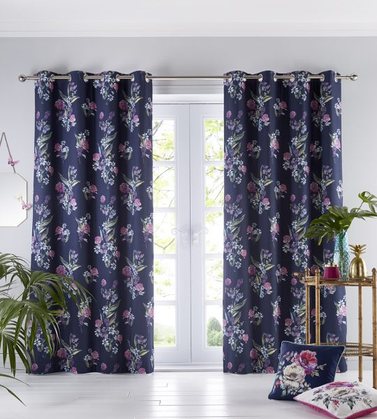 Oasis Home Luna Eyelet Curtain
