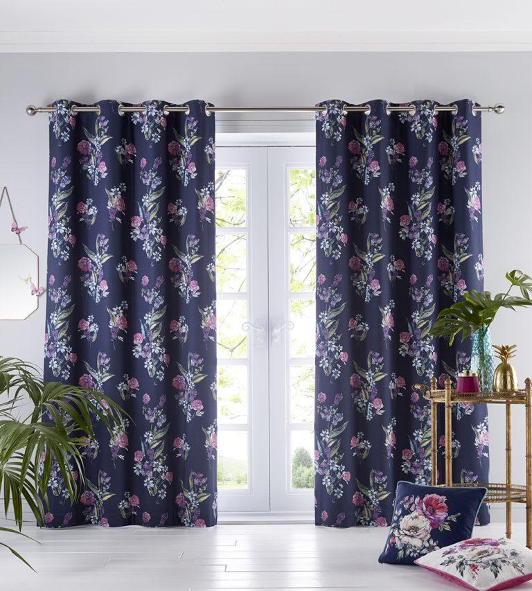 Oasis Home Luna Eyelet Curtain