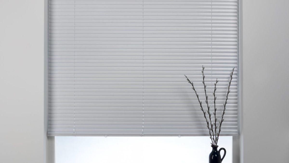 25mm slats Drop 120cm or 180cm Swish Brushed Aluminium Venetian Blind,Cordless