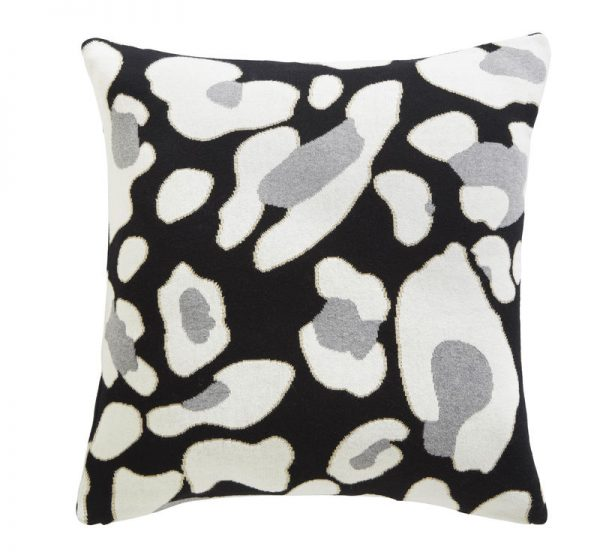 TESS DALY ANIMAL KNIT CUSHION